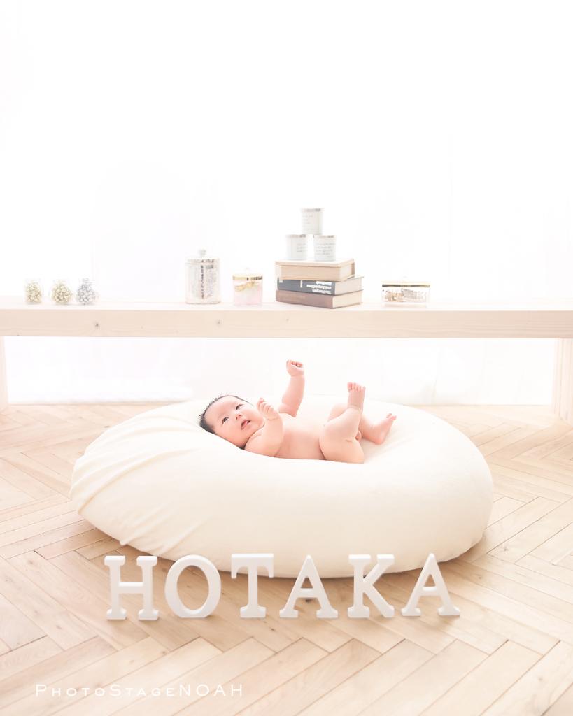 裸の赤ちゃん写真